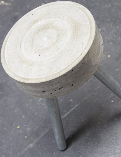 beton_hocker_01